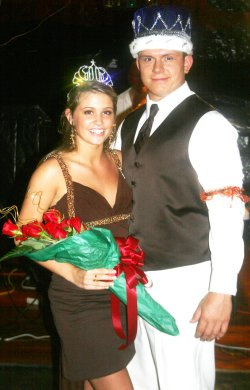 prom-king-and-queen