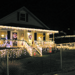 "Kiwanis Club names Woolery home ""Grand Champion"" in Christmas light contest"